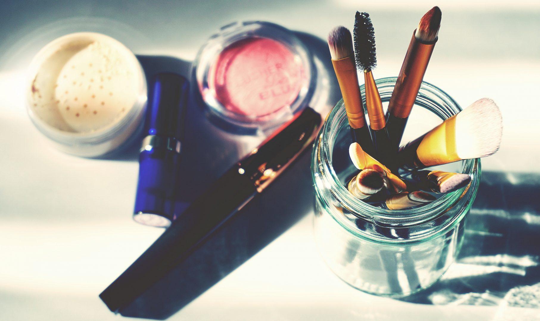 masa kadaluarsa alat kosmetik