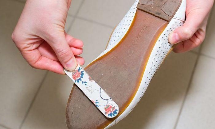 cara agar sepatu tidak licin