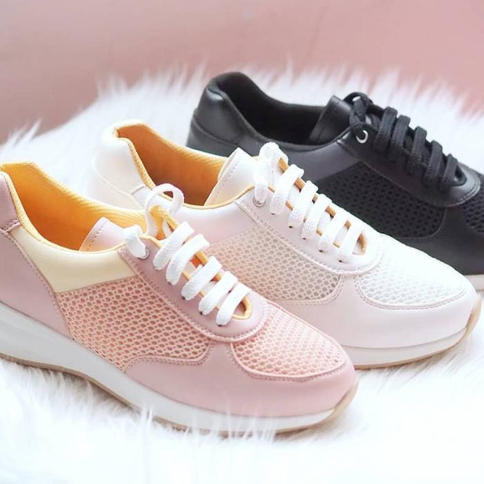 sepatu wanita lokal
