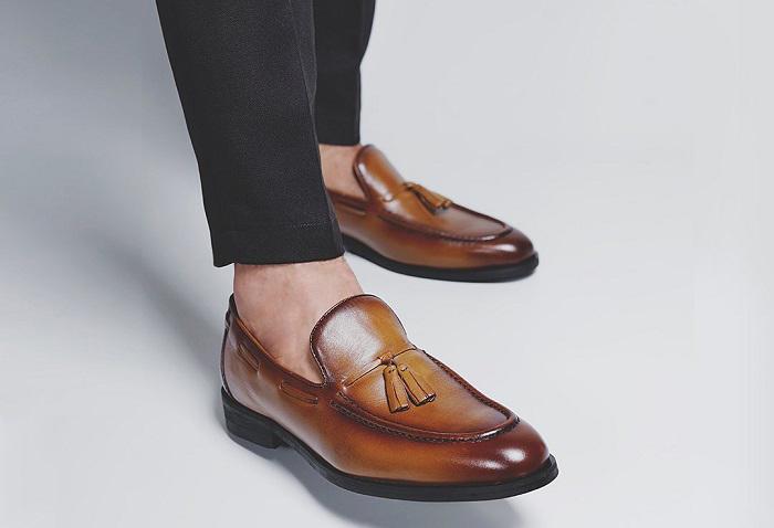 leather footwear lokal