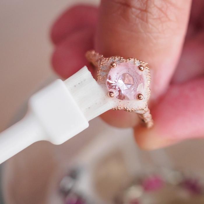 tips membersihkan perhiasan