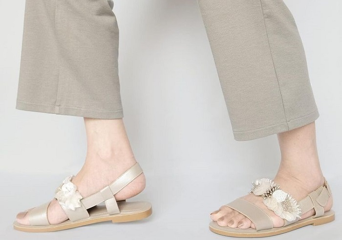 sepatu wanita manik