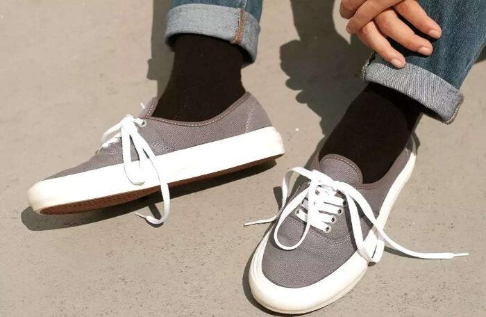 sneakers kekinian